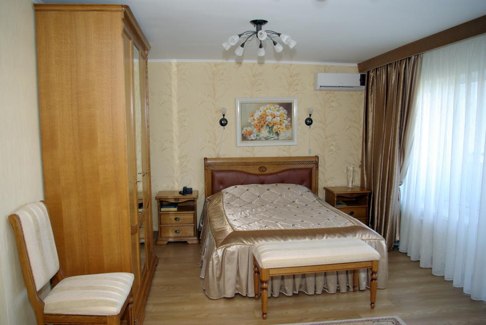 Спальня в апартаментах.